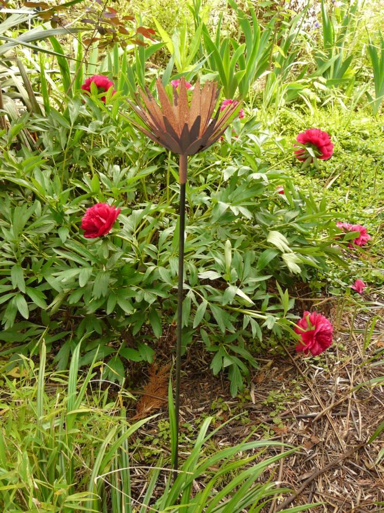 Blume bl te metall eisen edelrost rost gartenstecker a for Rostkronen garten