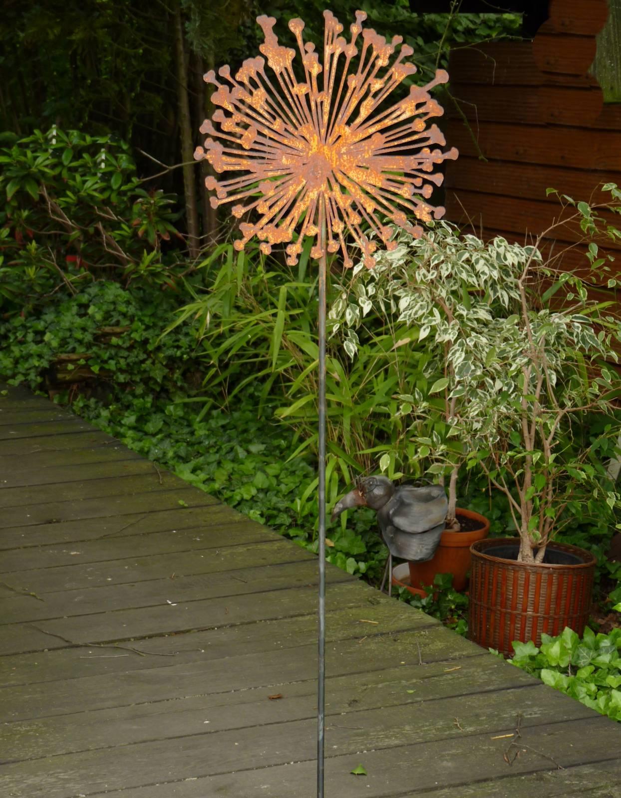 Blume pusteblume metall edelrost rost gartenstecker - Skulptur metall garten ...